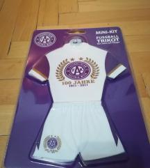 Dres mini kit fudbalski ukras