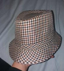 Модерен шешир