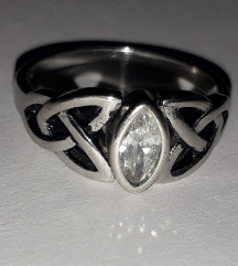 Srebren prsten s925