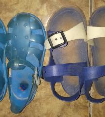 Dva para sandalki