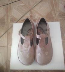 esenska sandala 40
