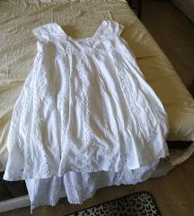 КАРА со бел вез фустан