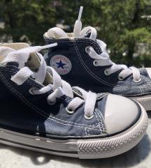 Converse toddler br. 24