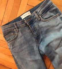 MANGO jeans novi
