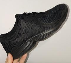 Патики Nike 38.5