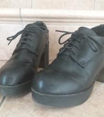 Чевли на штикла