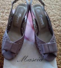 Novi roze kozeni sandali