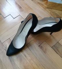 Топ црни штикли