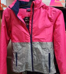 Vodootporna jakna so polar