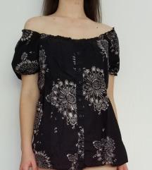 Црна блуза со цветови 100% памук
