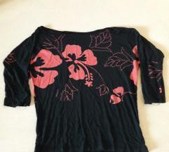Cvetna bluzicka