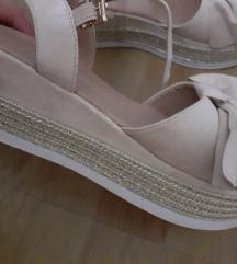 Novi sandali br 38 Opposite