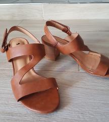 Sandali 2