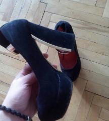 Црни штикли