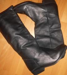 Нови кожни чизми 38