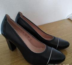 Кожни чевли Paar