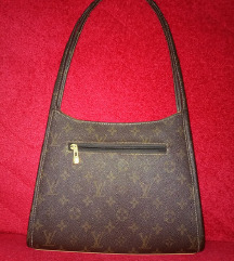 Продавам LV чанта