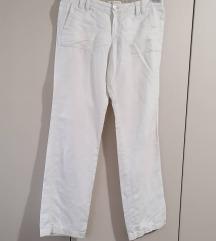 Banana Republic, beli pantaloni