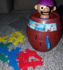 Tomy pop up pirate drustvena igra