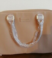 Чанта за козметика