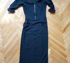 Црн класичен фустан **150** намалено