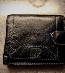 Нов кожен паричник