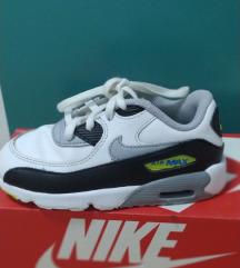 Патики Nike број 27