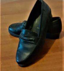 есенски чевли