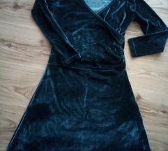 Уште еден плишан сив фустан