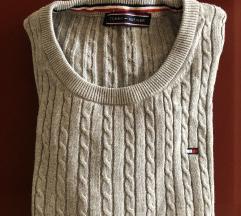 ПРОДАДЕНО- Продавам сива блуза Tommy Hilfiger