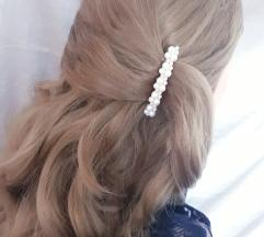 шнола за коса со бисерчиња