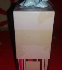 Home Тоалетна вода за освежувач на простории