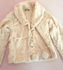 кратка крзнена јакна