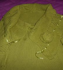 Popust 200 den-Prekrasen dzemper-bluza