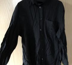 Crna zhenska koshula