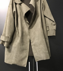 Prodavam palto