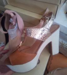 Novi sandali