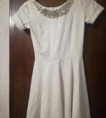Belo kratko fustance